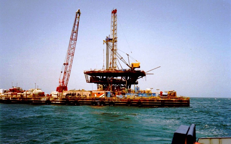 petróleo orgia peru