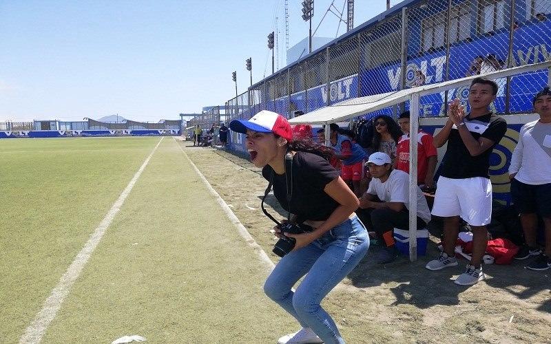 Adela Ríos, la mujer que rompe estereotipos en el fútbol de Nuevo Chimbote