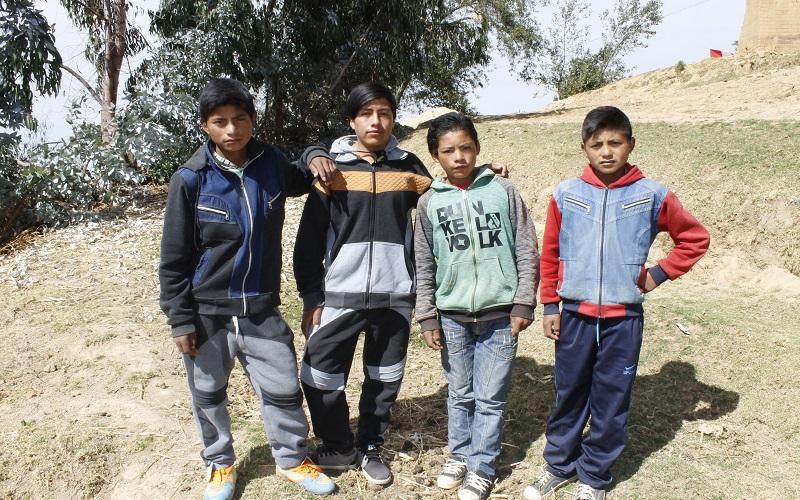 Alumnos colegio de Rayán