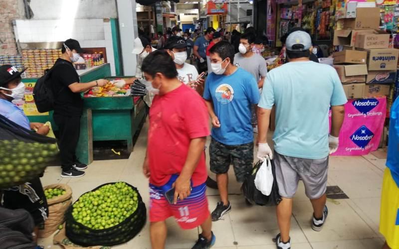 mercado_hombres_1