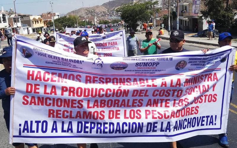 protesta_pescadores_chimbote_2