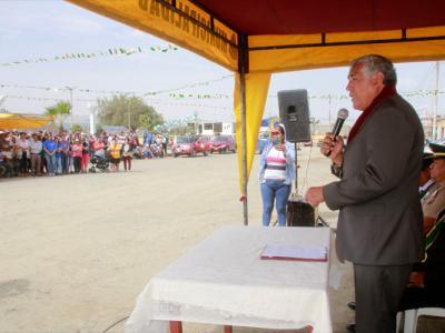 1_alcalde_Julio Cortez_Chimbote_cambio_puente