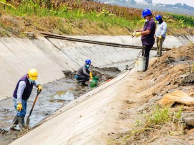 mantenimiento_canal_irchim_restriccion_agua_potable