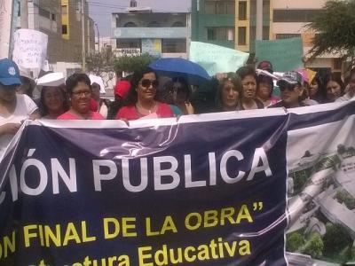 Protesta colegio República Argentina